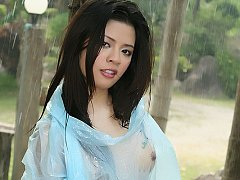 Thai Cutie Ivy Rainstorm Dildo Play